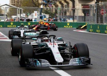 Льюис Хэмилтон выиграл Гран-при Франции и завоевал лидерство в общем зачете