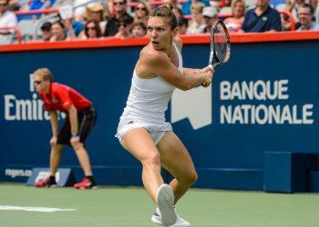 Симона Халеп натерпела на победу в финале Rogers Cup против Слоан Стивенс