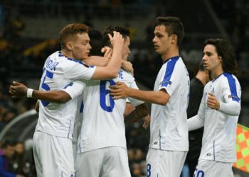 «Динамо» Киев обыграло «Астану» и вышло в плей-офф ЛЕ с 1-го места