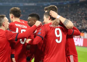 Дубли Роббена и Левандовски вывели «Баварию» в 1/8 финала Лиги чемпионов