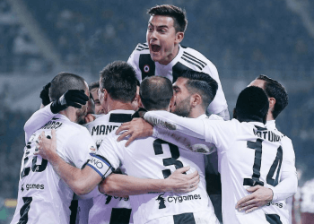 Гол Роналду с пенальти принес «Ювентусу» победу над «Торино»