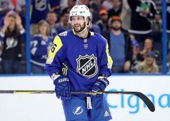 Кучеров и Ковальчук — первая и вторая звезда игрового дня НХЛ