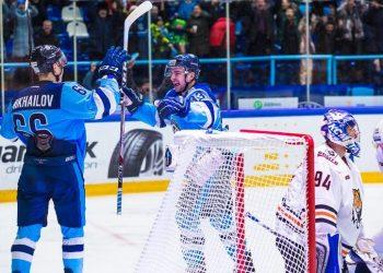 «Сибирь» вновь побеждает, отгрузив «Амуру» 4 шайбы во втором периоде