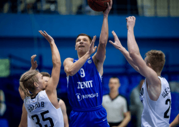 «Зенит» едва не отыграл «-12» в четвертой четверти матча против УНИКСа