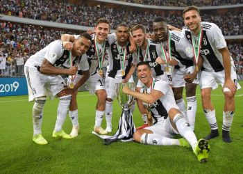 Гол Роналду принес «Ювентусу» Суперкубок Италии в матче с «Миланом»