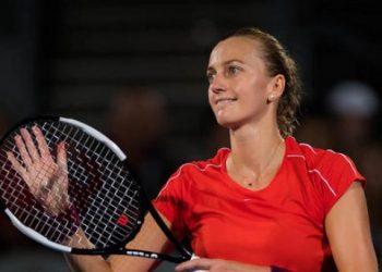 Квитова в 1/4 финала Australian Open во второй раз в сезоне обыграла Барти