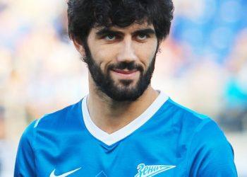Источник: Защитник «Зенита» Нету подписал контракт со «Спортингом»