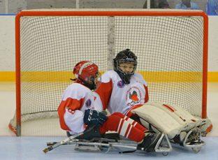 БК Fonbet помогла провести турнир Детской следж-хоккейной лиги