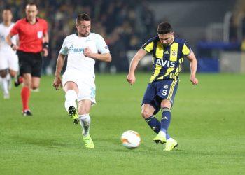 «Зенит» уступил «Фенербахче» в первом матче 1/16 финала Лиги Европы