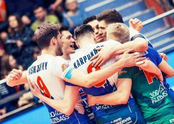 «Кузбасс» переиграл «Галатасарай» в первом матче полуфинала Кубка ЕКВ