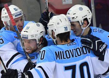 «Сибирь» и «Нефтехимик» упустили шанс приблизиться к «Трактору» в борьбе за плей-офф