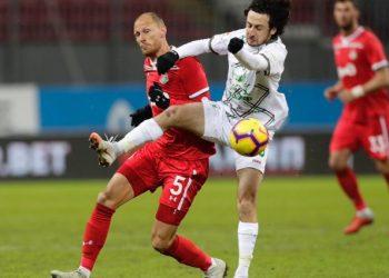 «Локомотив» во второй раз победил «Рубин» и вышел в полуфинал Кубка России