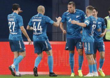 «Зенит» сокрушил «Ростов», Дзюба стал автором первого хет-трика в сезоне