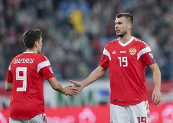 Игры сборной России в Швеции и Молдове отменены