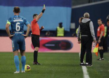 «Зенит» и «Локомотив» сыграли вничью, Сёмин был удалён в первом тайме