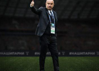 Черчесов продлил контракт со сборной России до декабря 2022 года