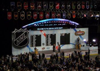 В США не верят в успех российских хоккеистов на драфте НХЛ